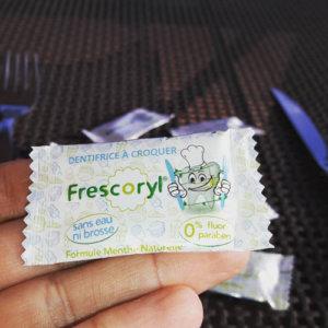 Frescoryl es la pasta de dientes natural para cuidar tus dientes donde quieras