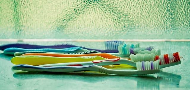 Encontramos diferentes tipos de cepillo de dientes para que se adapten a tu boca